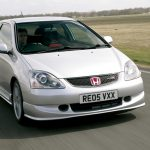 Ричард Хаммонд за рулем Honda civic Type R в кузове EP3